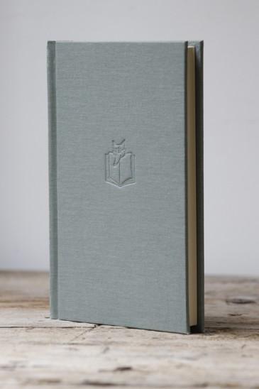 SLIGHTLY FOXED EDITION - Alan Moorehead, A Late Education