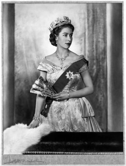 Queen Elizabeth II, 1952, by Dorothy Wilding - Jane Ridley on Ben Pimlott