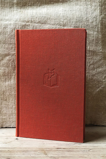 47 Eric Newby, Love and War in the Apennines, Slightly Foxed Edition