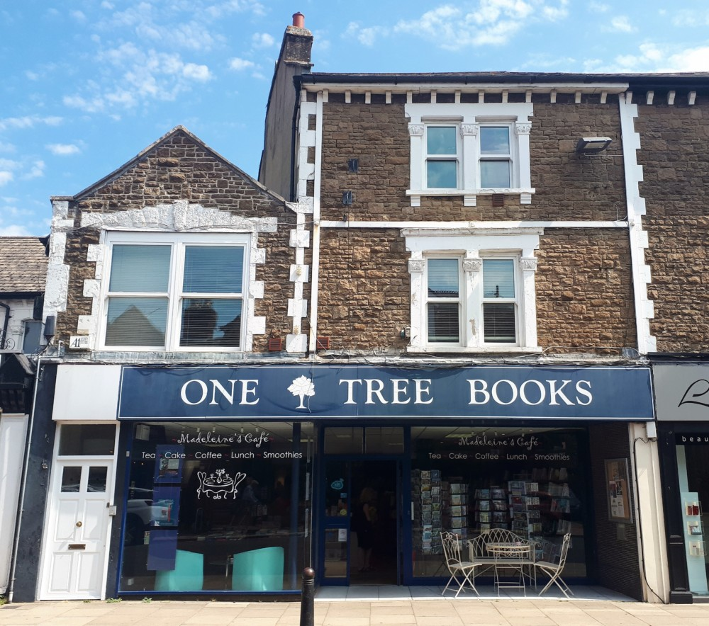 Slightly Foxed Autumn Launch 2019 at One Tree Books