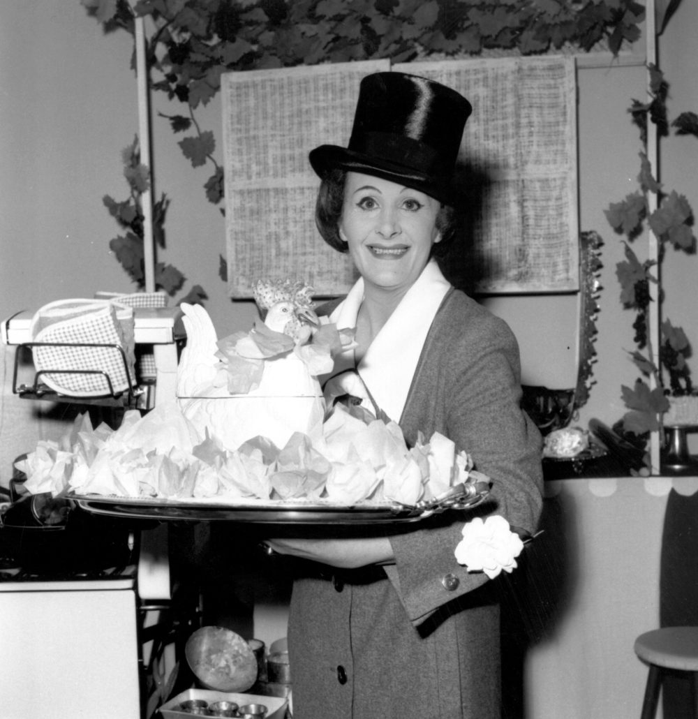 Laurie Graham on Fanny Cradock, Coping with Christmas - Slightly Foxed Issue 64 - (© Getty Images)
