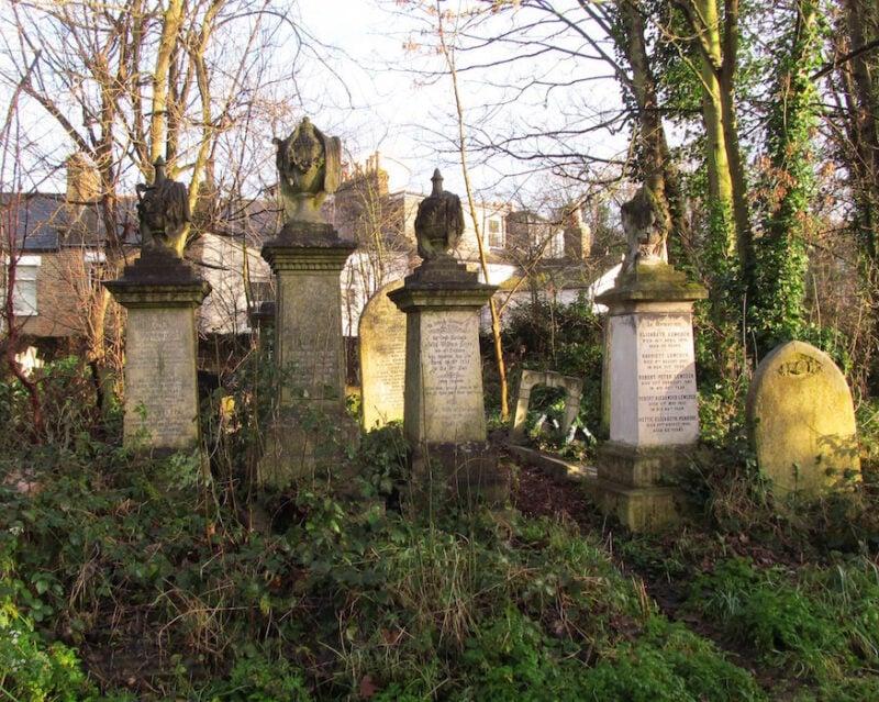 Abney Park cemetery | Slightly Foxed Editors' Diary